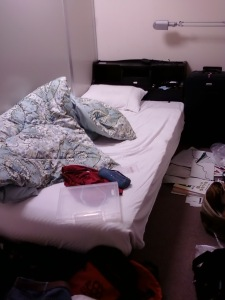 This is the ultimate messy place, my bedroom of course =p hahaha...